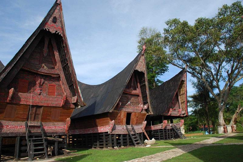 Seri Gereja Nusantara: HKB dan Gerak Sosio-Politis Kekristenan Batak (2)