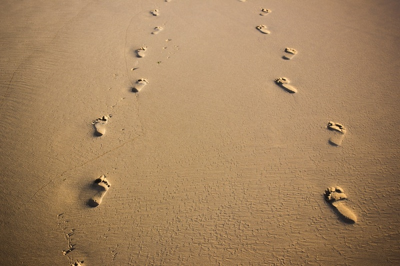 Mengikuti Yesus di Jalan Penderitaan dan Kerendahan