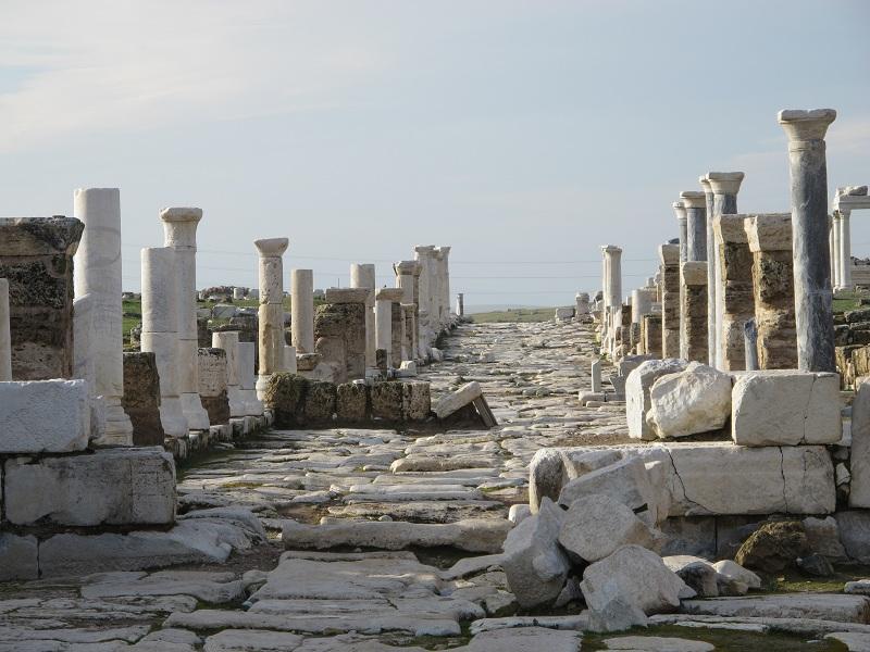 Kolose dan Laodikia: Jemaat yang Dibuat Beragam